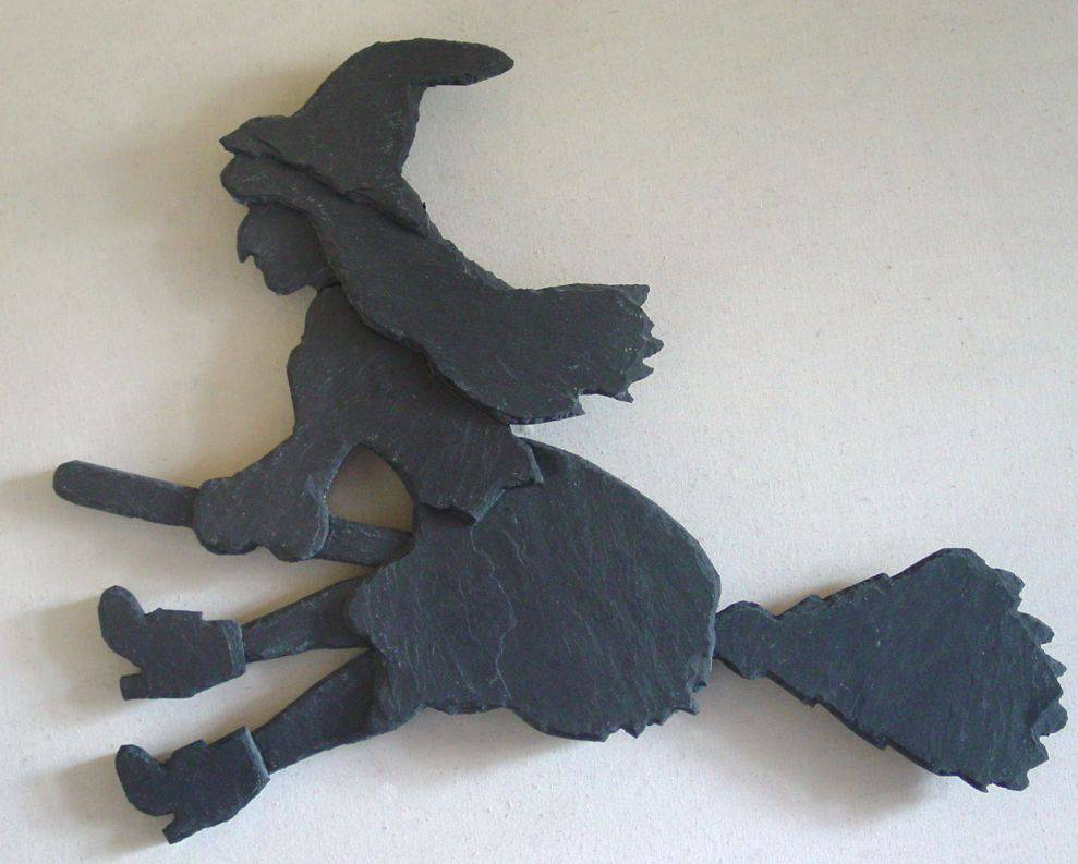 """Wandfigur Naturschiefer Motiv """"Kesse Hexe fliegend"""""""