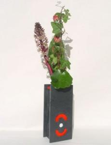 Blumenvase aus Schiefer