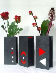 Vasen aus Schiefer