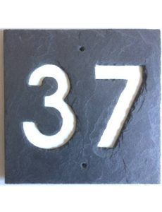 Schiefer Hausnummernschild
